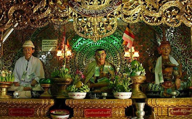 Birmese Nat beelden