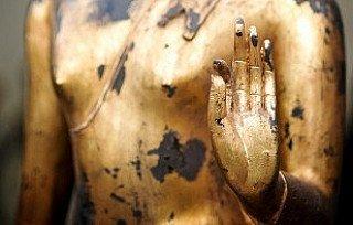Buddha statue in Vitarka mudra