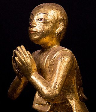 Boeddhabeeld in Namaste Mudra