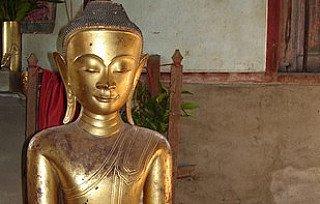 Ava period Buddha statue