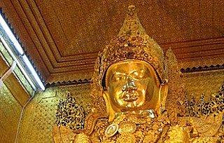 Amarapura Buddha statue