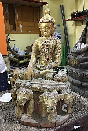 Original antique Buddha statues
