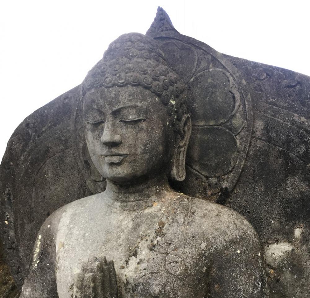Lavasteine buddha figuren kaufen in indonesien for Figur buddha
