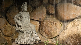 Kwan Yin Figuren