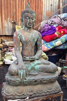 large bagan buddha