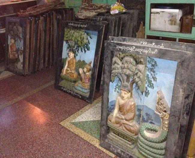 28 houten panelen uit een tempel