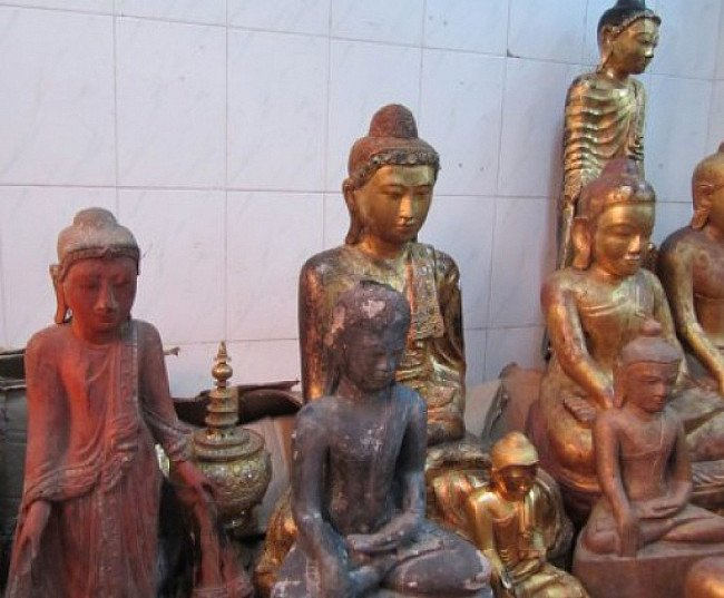 Several antique Buddha statues