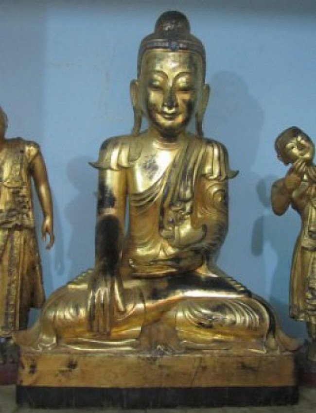19th century Buddha - very special !