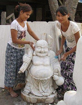 Marmeren lachende Boeddha