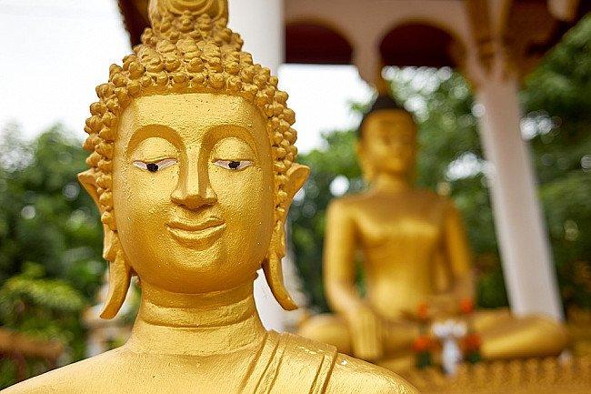 laos-buddha-statue