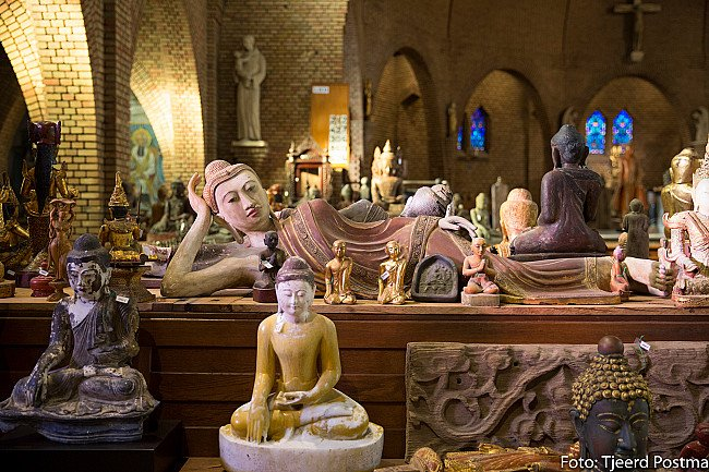 Buddha Statues at our gallery in Deventer, Netherlands