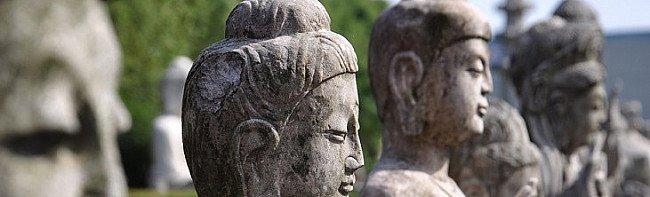 28 Buddha and Future Buddha