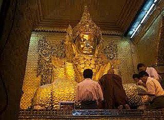 Rakhine Buddha Images