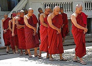 burmese-monks