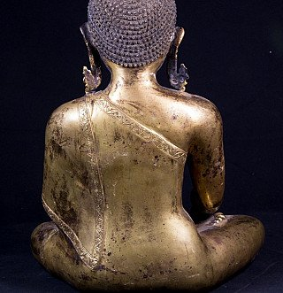 back view of original buddha statue