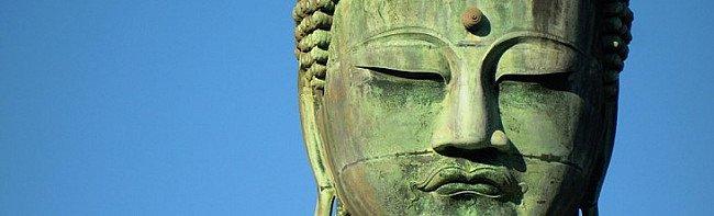 The Journey of Emerald Buddha Statue