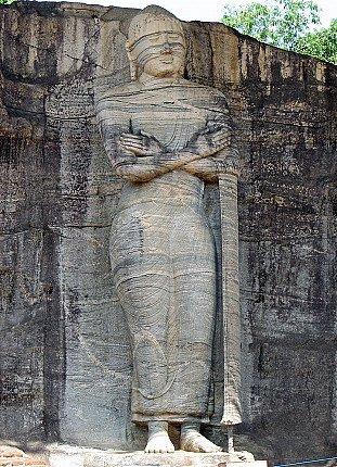 gal-viharaya-standing-buddha