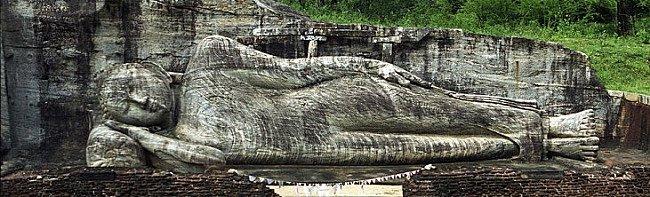 gal-viharaya-reclining-buddha
