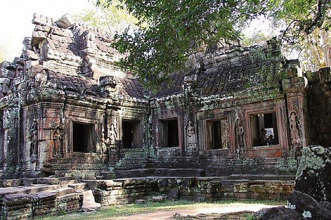 Khmer Buddha statues