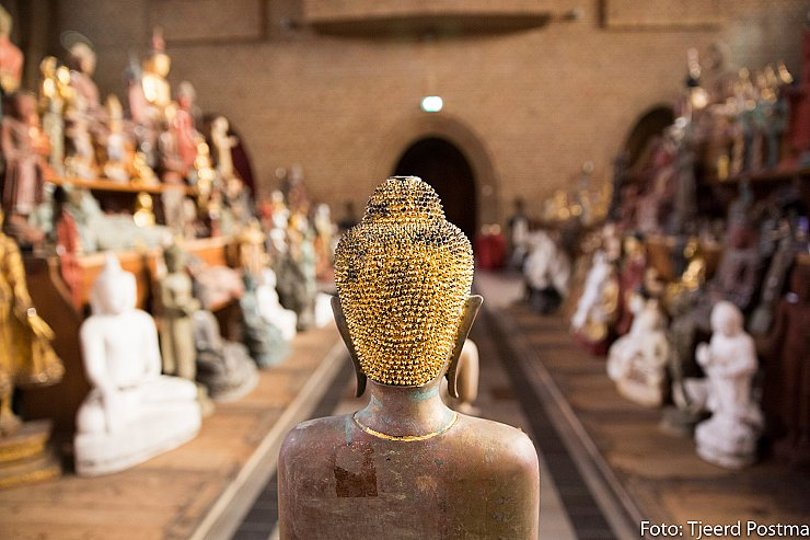 The largest collection Thailand Buddha statues