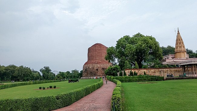 sarnath-a-holy-buddhist-pilgrimage-site
