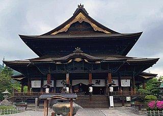 Ikko Sanzon Amida Buddha at Zenko Ji temple