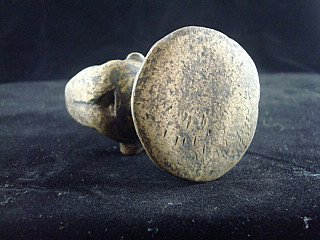 Antique opiumweight
