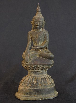 Bronze Ava Buddha statue