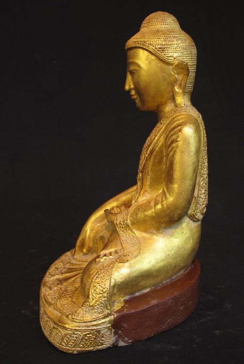 antiker holzerner buddha figur aus birma gemacht aus holz. Black Bedroom Furniture Sets. Home Design Ideas