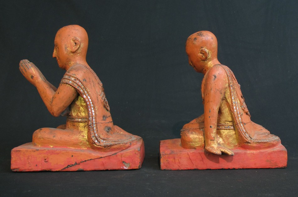 Set Burmese monks from Burma made from Wood
