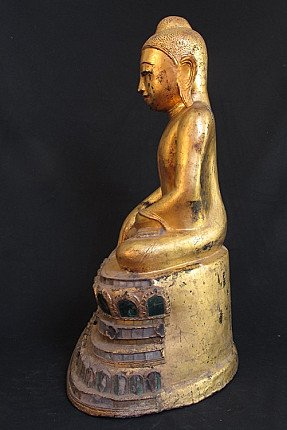 Antique Shan Buddha statue