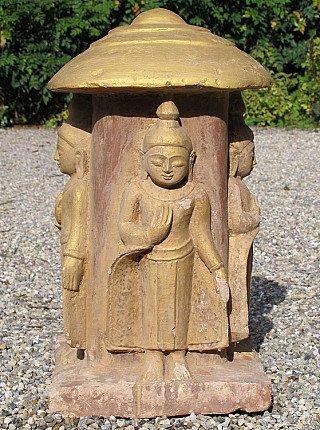 Antiek zandstenen Boeddhabeeld