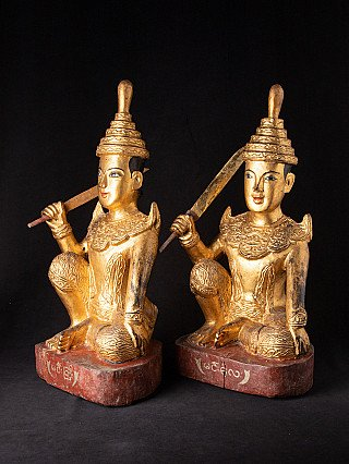 Set antieke Birmese Nats