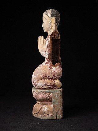 Alte holzerne Birmanische Monch Figur