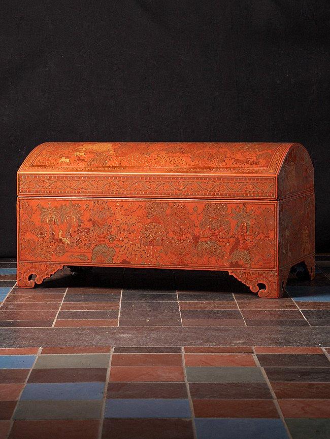 Burmese lacquerware box