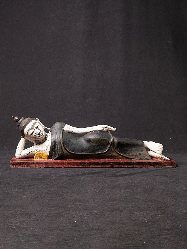 Antique reclining Buddha statue