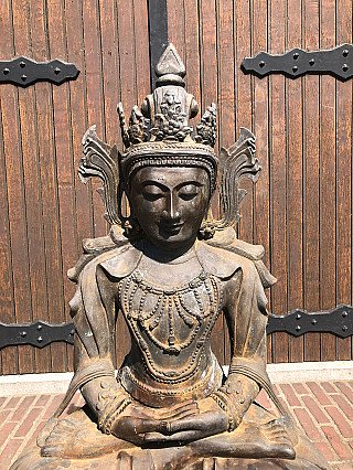 Large and special bronze Arakan Buddha statue