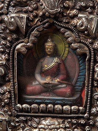 Large old Nepali Gao
