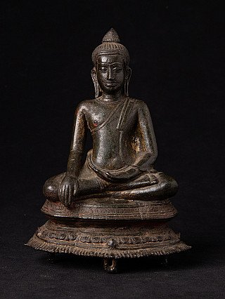 Antique U-Thong A Buddha