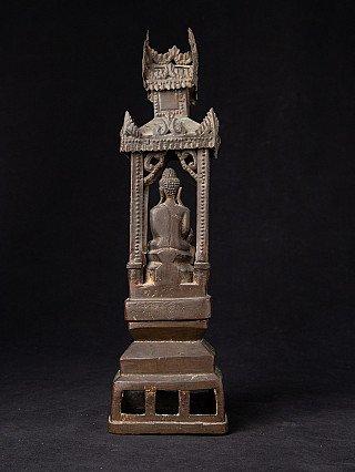 Antique bronze Shan throne