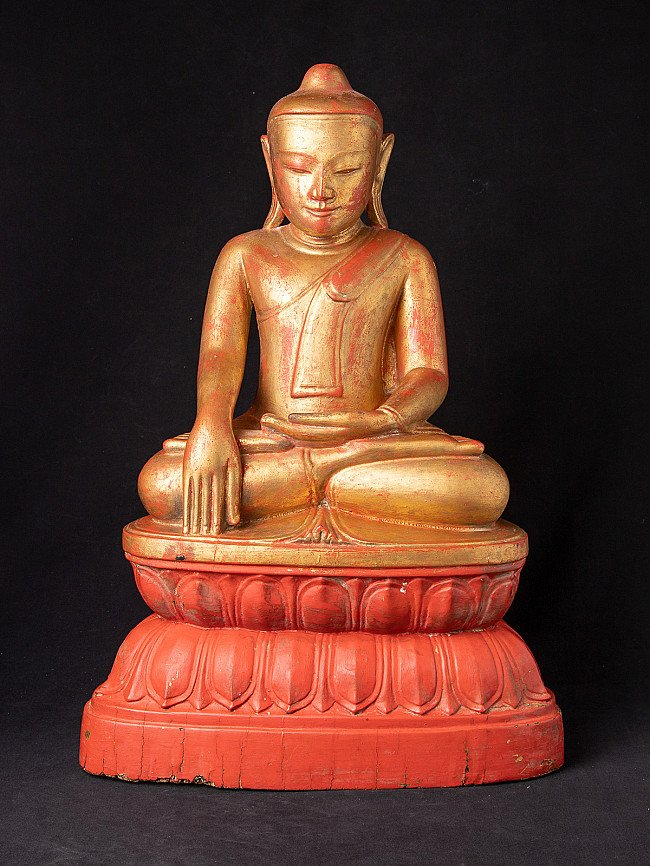 Special antique wooden Burmese Buddha