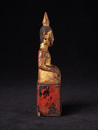 Antique Thailand Buddha statue