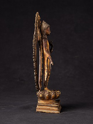 Antique bronze Nepali Buddha statue
