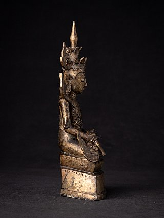 Antique crowned Burmese Shan Buddha statue
