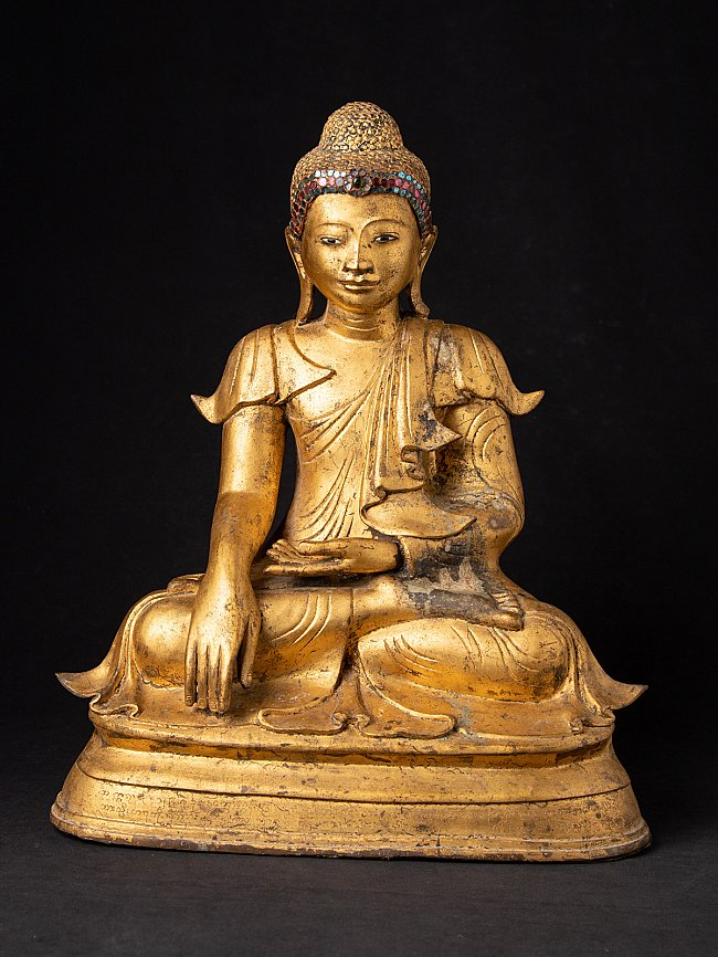 Antique bronze Burmese Mandalay Buddha statue