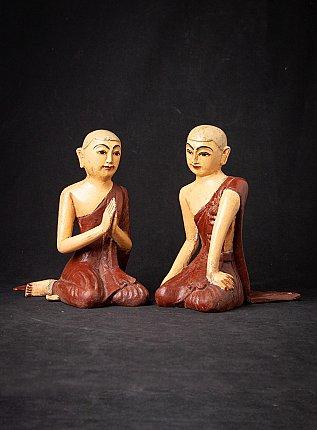 Set oude houten monniken