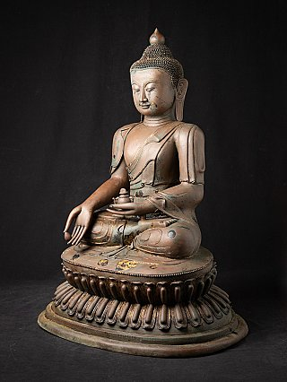 Large antique bronze Buddha statue