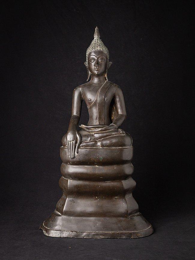 Special antique bronze Lao Buddha statue