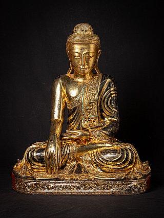 Grote oude houten Birmese Boeddha