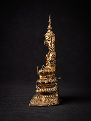 Antique Thai bronze Buddha statue